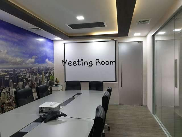 ขายพื้นที่สำนักงาน 130 ตรม  ใกล้ MRTพระราม9 ใกล้เซ็นทรัล พระราม 9 ห้างและโรงแรม Fortune  ตกแต่งสวยงาม ขนาดพื้นที่  130  ตารางเมตร ที่จอดรถกว้างขวาง