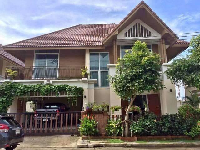 ขายบ้านเดี่ยว 2 ชั้น หมู่บ้านเอโทล ไวกีกิ ชอร์ พระราม 9-กรุงเทพกรีฑา ซ.พัฒนาชนบท 4 เขตลาดกระบัง ใกล้มอเตอร์เวย์กรุงเทพ-ชลบุรี