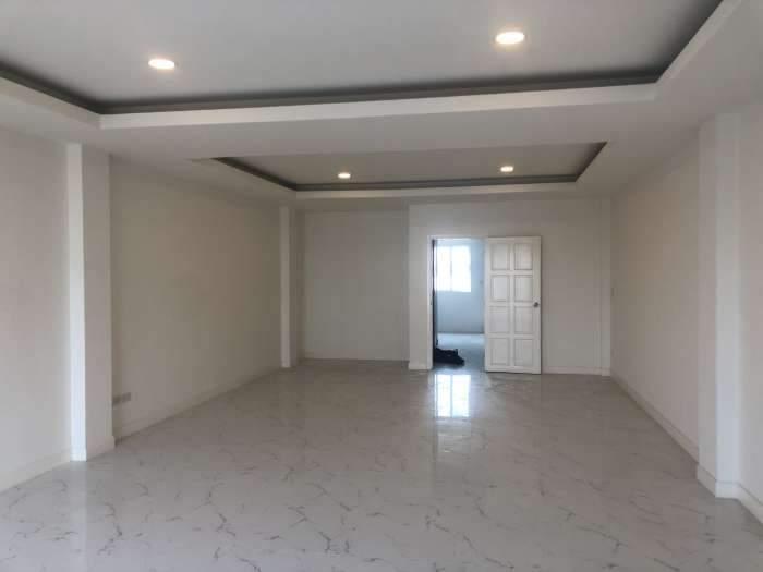 Home office ให้เช่า โครงการemblazon เสรีไทย43