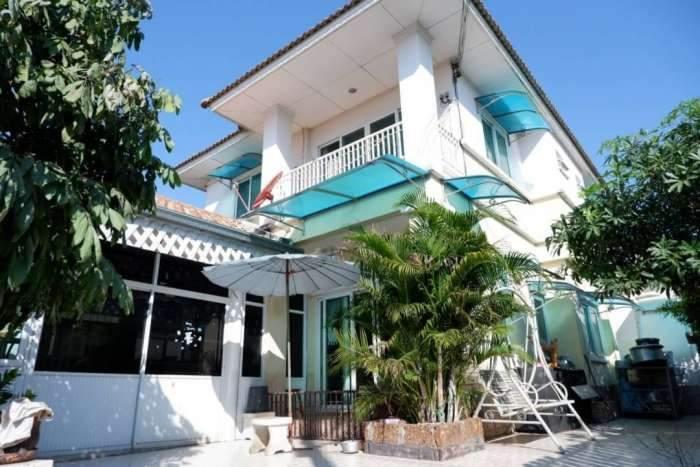 ขาย บ้านเดี่ยว 5 ห้องนอน มบ.บุณฑริก ลาดสวาย คลอง 4 ลำลูกกา ราคาถูก