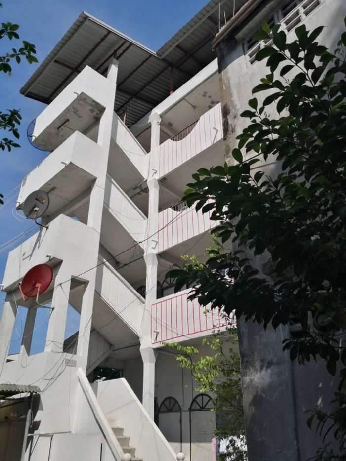 ขายหอพักอยู่ตรงข้าม โรงพยาบาลศิริราช เชิงสะพานอรุณอมรินทร์
