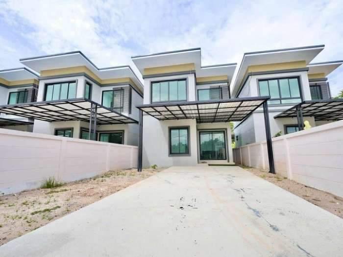 ขาย บ้านเดี่ยว 2 ชั้น แกรนด์ระยองวิลล่า ติดถนน ค.2 เข้าซอยแค่ 40 เมตร