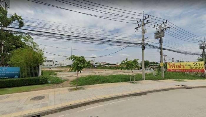 เซ้งที่ดินอ่อนนุช ถนนสุขาภิบาล2 ติดนิคมอุสาหกรรมเจโมโปรลิส 7 ไร่ 2 งาน 70 ตารางวา ทำเลดีมาก เหมาะแก่การลงทุน