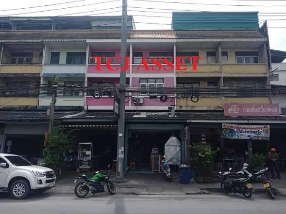 ขายตึกแถวริมถนนแพรกษา  ปากซอยบางปู 29 ทำเลดีค้าขายได้มีที่จอดรถหน้าตึก