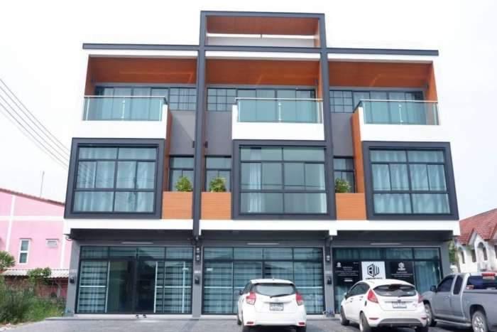 ขาย อาคารพาณิชย์ 3 ชั้น Home Office แห่งใหม่ ย่าน  ลำลูกกา คลอง4