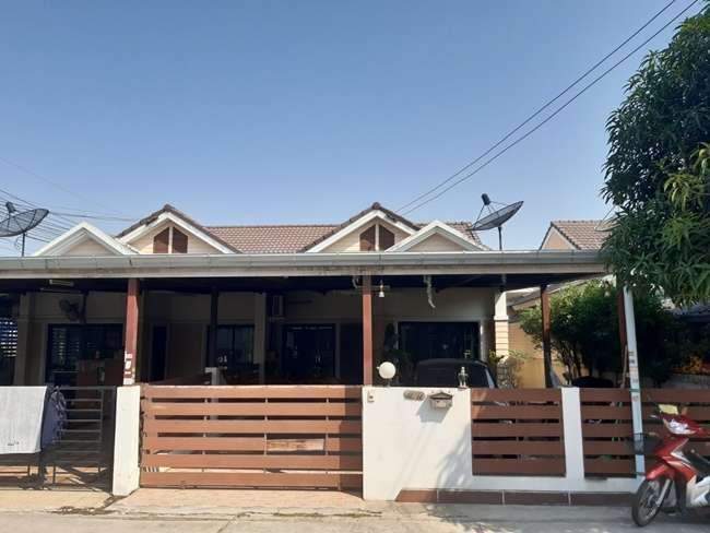 ขายบ้านแฝดนาป่า ดอนหัวฬ่อ ชลบุรี หมู่บ้านมัณตรา บ้านสวยต่อเติมครบพร้อมเข้าอยู่