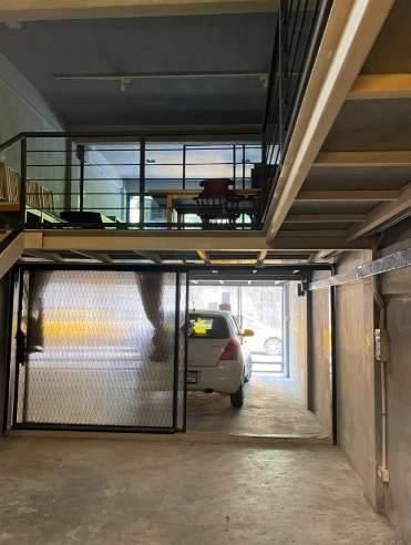 ให้เช่าอาคารพาณิชย์ 4.5 ชั้น ทำเลดี ย่านเอกมัย สุขุมวิท65 ใกล้BTSเอกมัย มี 3ห้องนอน 4 ห้องน้ำ พื้นที่ใช้สอย 256 ตรม มีเฟอร์นิเจอร์ พร้อมอยู่ เหมาะอาศัย ทำโฮมออฟฟิศ