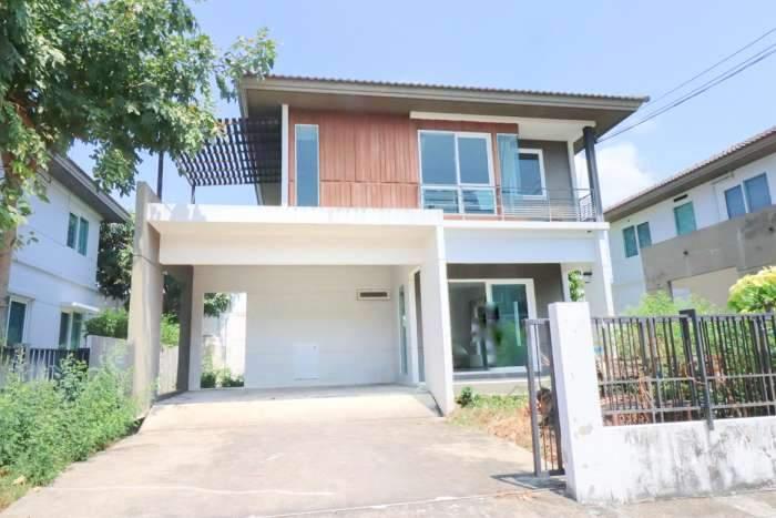 ขายด่วน บ้านเดี่ยว  บ้านพฤกษ์ลดา ประชาอุทิศ 90 ราคาเพียง 4 ล้าน ต่อรองได้