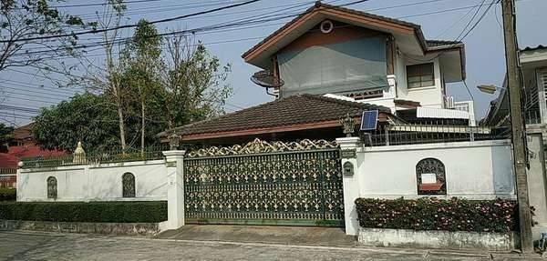 ขายบ้านเดี่ยว 2 ชั้น หลังมุม หมู่บ้านทิพมาศ-เสรี บางนา เนื้อที่ 89 ตารางวา