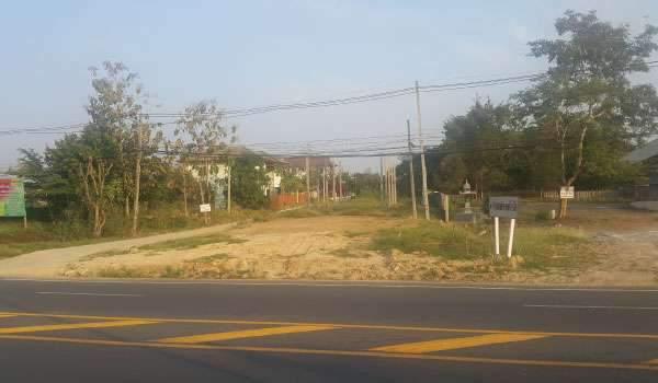 ขายที่ดินเปล่า 239 ตรว. อ.ศรีสัชนาลัย สุโขทัย ติดถนนใหญ่ ใกล้มุกดา รีสอร์ท